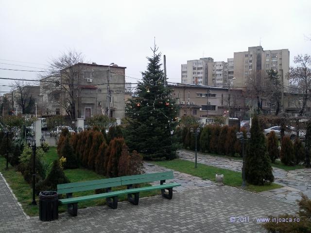 curtea-bisericii-2
