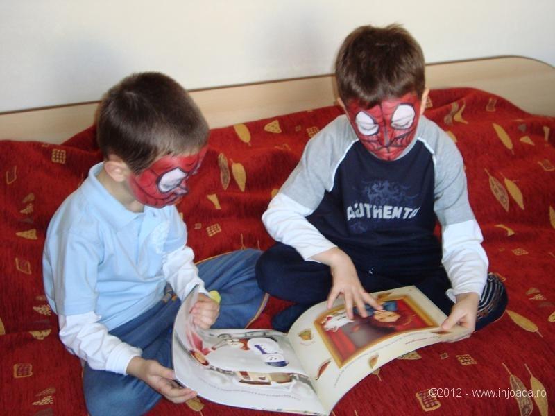 spiderman-citeste-firicel